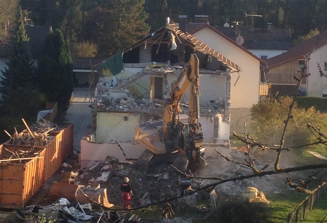 Abbruch Öl belastetes Haus, Simbach am Inn